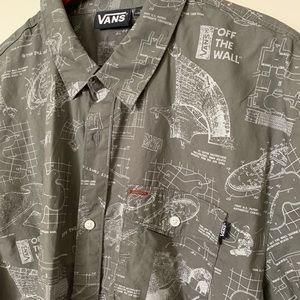 Vans Off The Wall • NWT • men's xl • button up